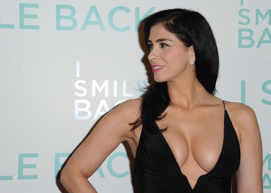 Sarah Silverman - I Smile Back 01