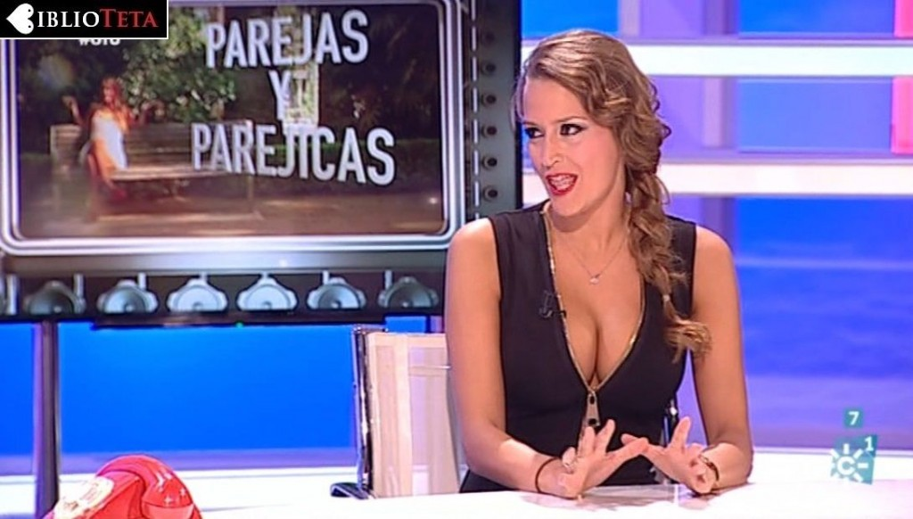 Amanda Parraga - Ofu cremallera 01