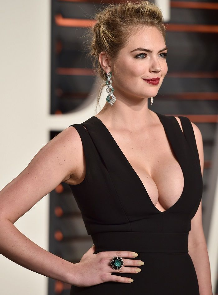 Kate Upton - Vanity Fair Oscars 2016 - 01