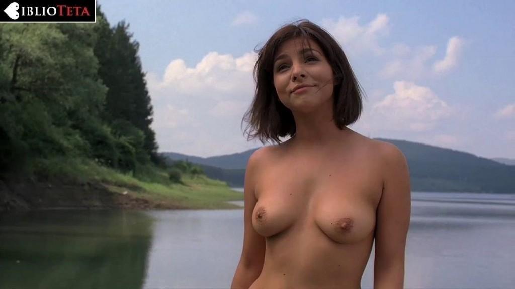 Roxanne Pallett - Lake Placid 3 - 01