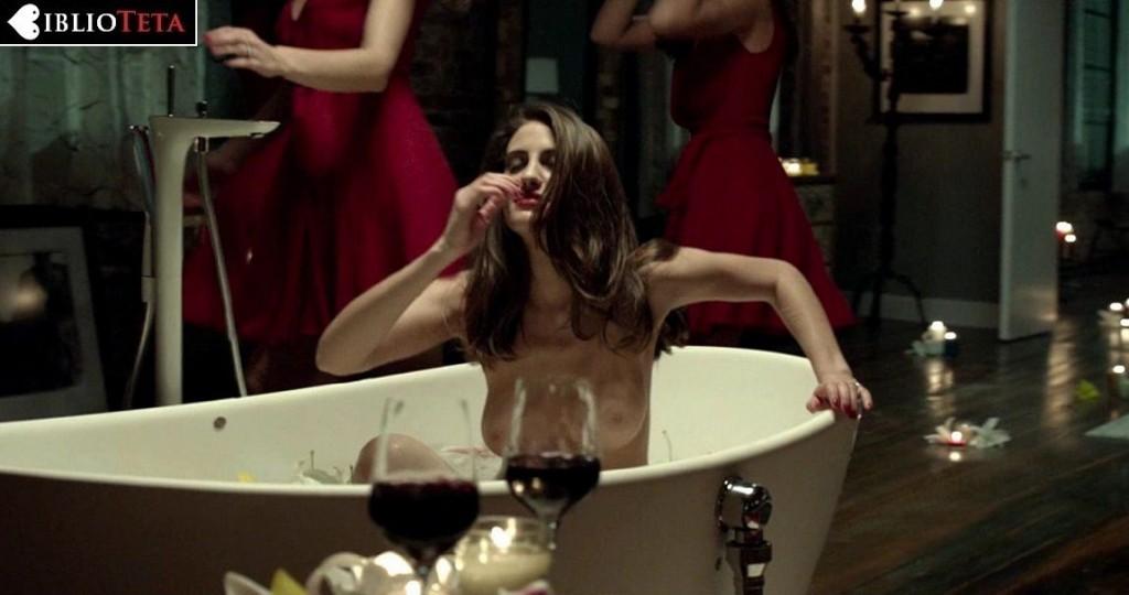 Luisa Moraes - Solace 01