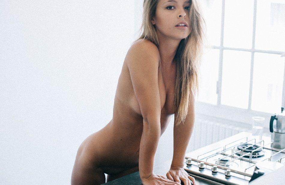 Marisa Papen - P Magazine 01