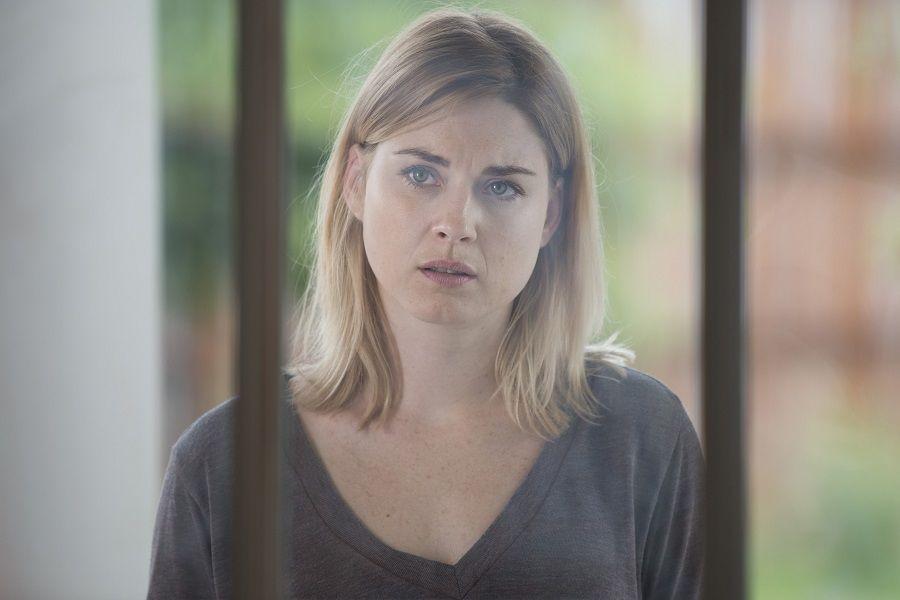 Alexandra Breckenridge 01