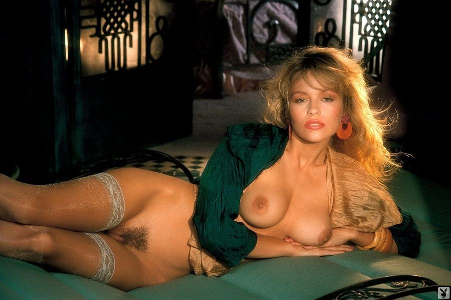 10 Hottest Semi Nude Photos of