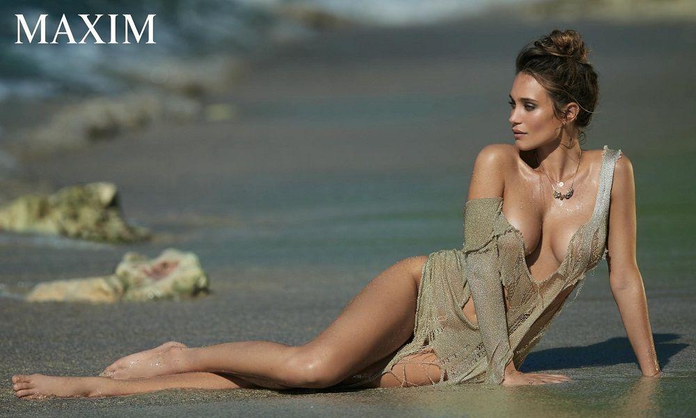 Hannah Davis - Maxim 01