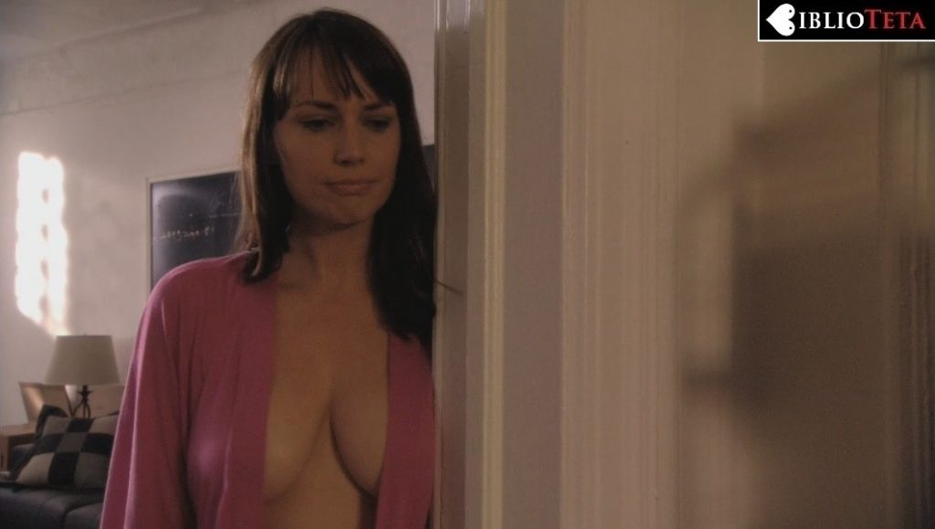 Julie Ann Emery - Damages 2x04 - 01