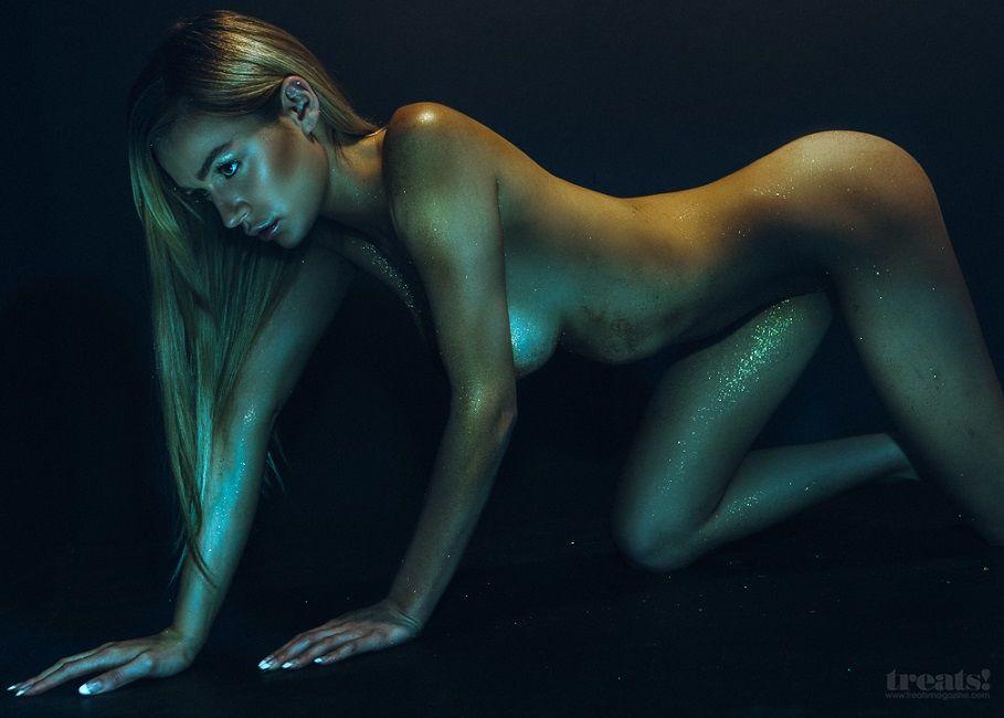 Kate Compton - Treats Magazine 01