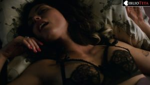 Morena Baccarin - Deadpool 07