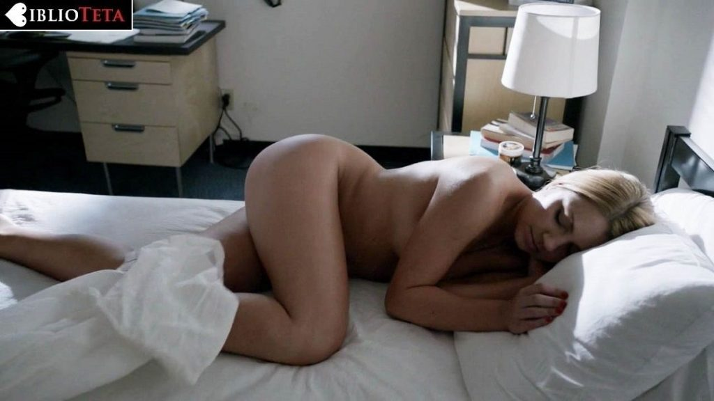 Paige Diaz - Shameless 6x01 - 01