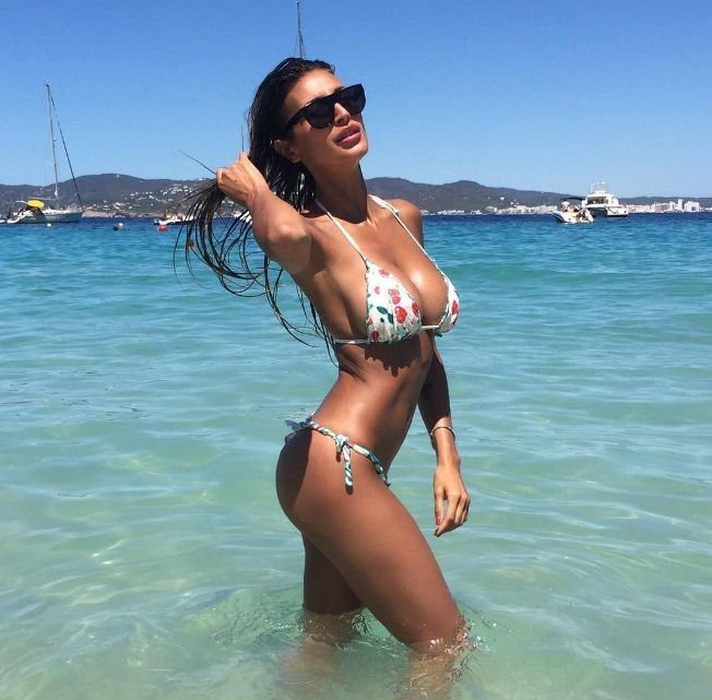 Cristina Buccino 01