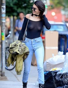 Kendall Jenner 04