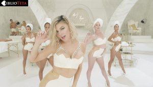 Fergie - MILF 04