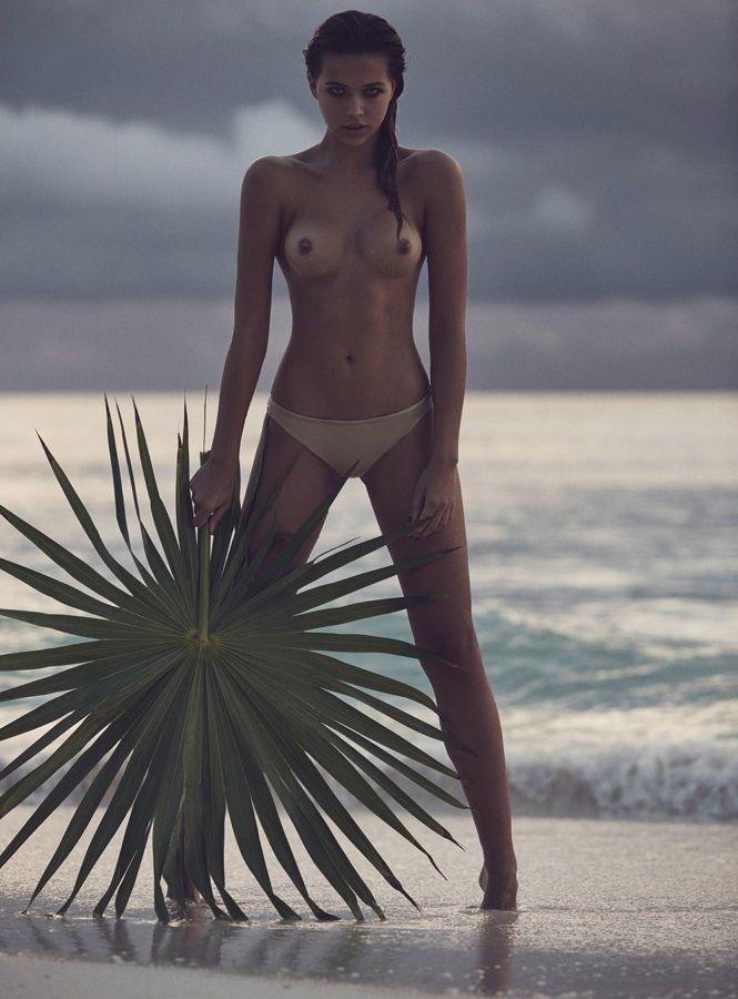 Sandra Kubicka Posando Desnuda Ante La Cámara De Jaan Eric Fischer
