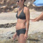 Jennifer Connelly - Formentera 03