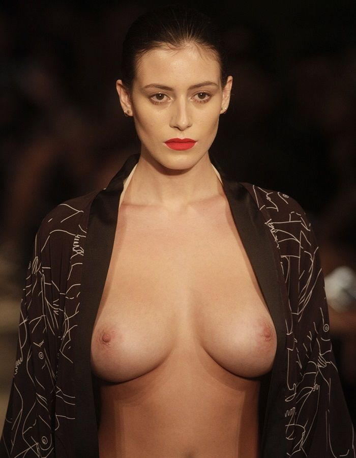 Alejandra Guilmant - Fashion Week Mexico
