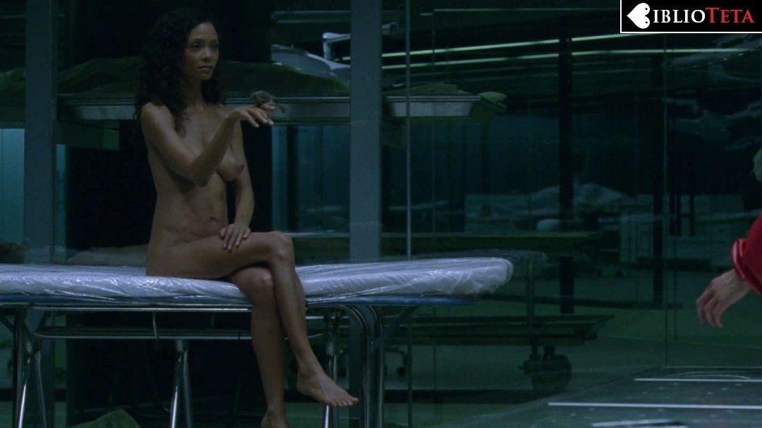 Todas Las Escenas De Thandie Newton Desnuda En La Temporada 1 De