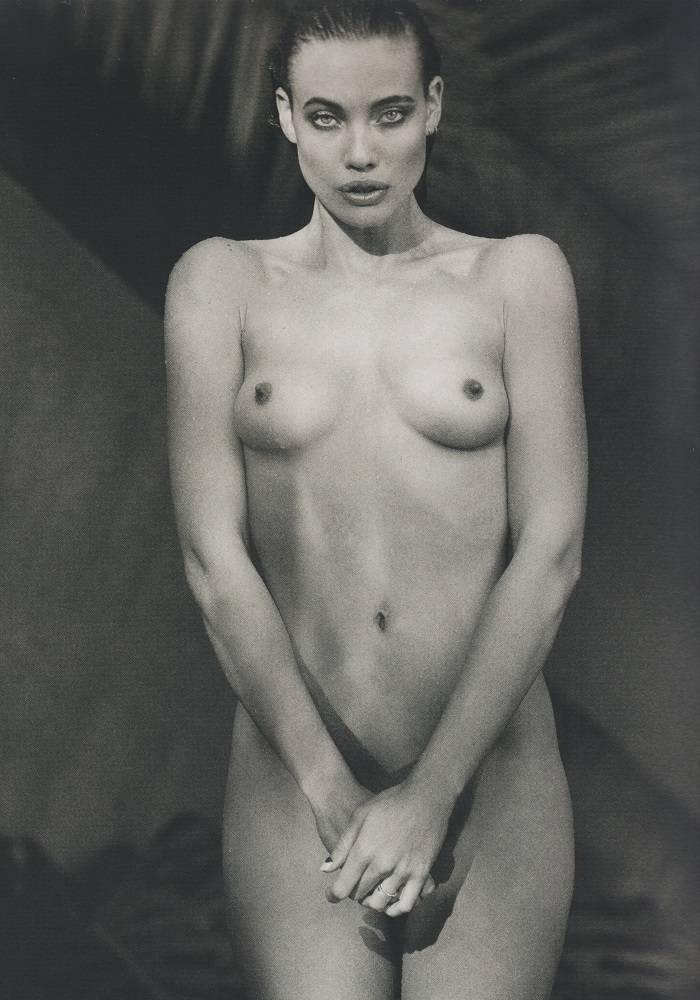 Stephanie Corneliussen Posando Desnuda Ante La Cámara De Bjarke Johansen