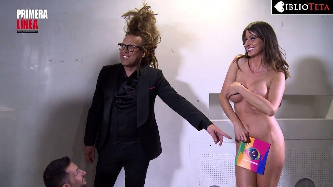 Simona Scorus Posando Desnuda Para Primera Línea