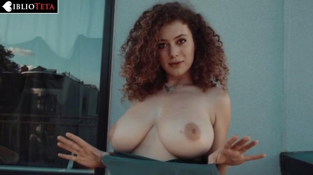 Leila Lowfire Posando Desnuda Para Bed Stuy Sunshine