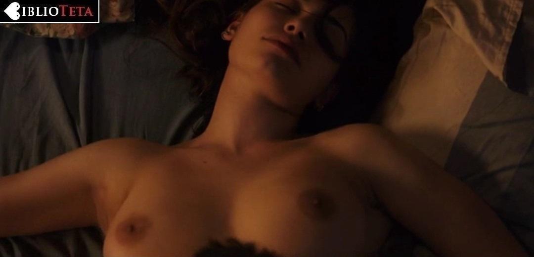 Eva De Dominici Desnuda En Sangre En La Boca 2016