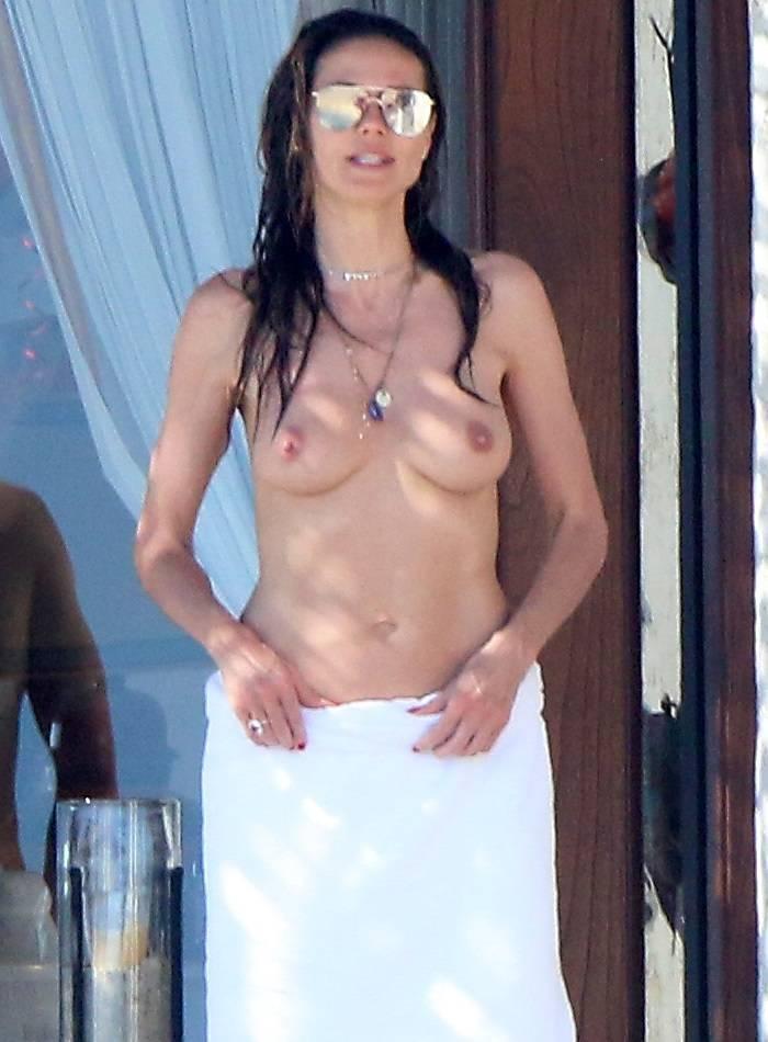 Heidi Klum en topless