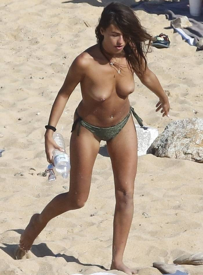 Spain Gran Hermano Babe Sofia Suescun Topless On Beach Myporn 1