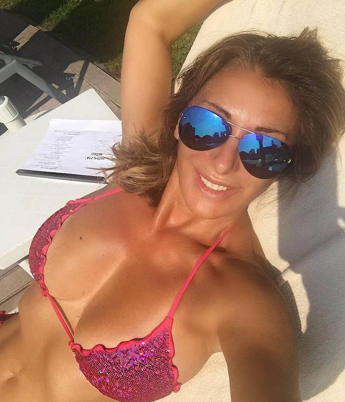 Sabrina Salerno en bikini