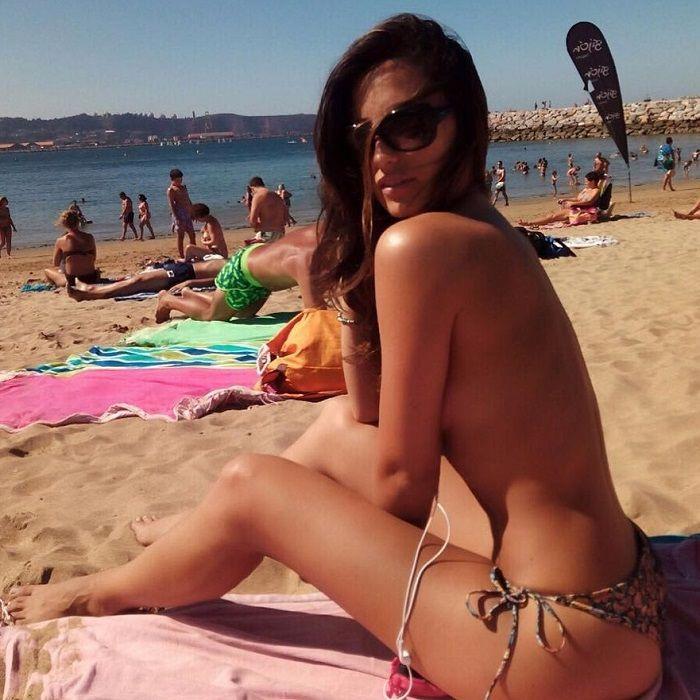 Paula Méndez en bikini
