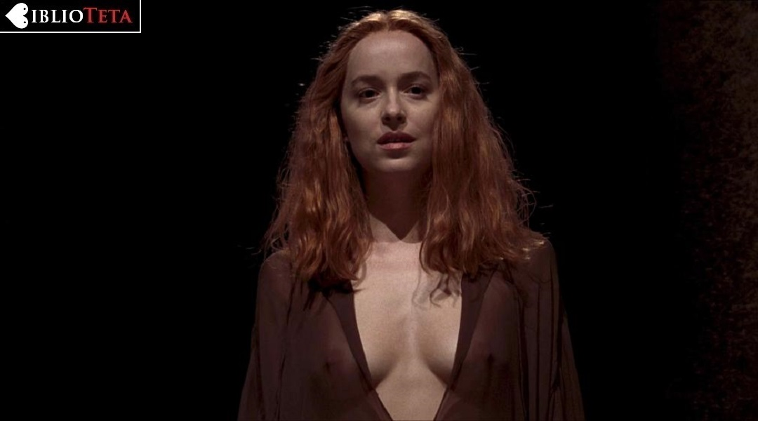 porn-xxx-scarlett-alice-johnson-topless-boob-party