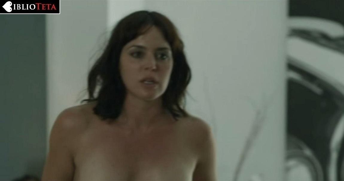 Marta Milans Desnuda En La Temporada 1 De El Embarcadero