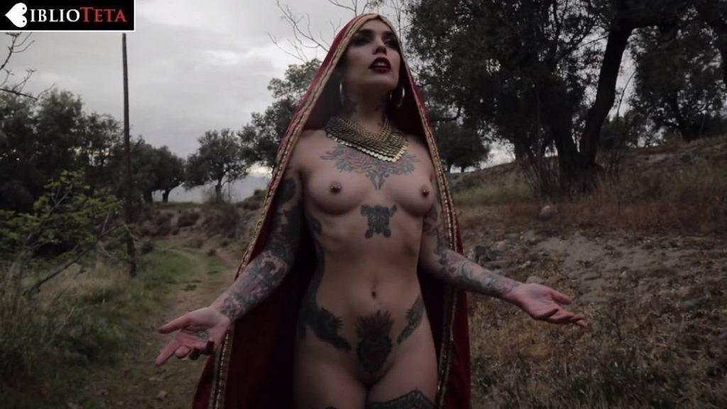 Vinila Von Bismark - Quejío Nazarí