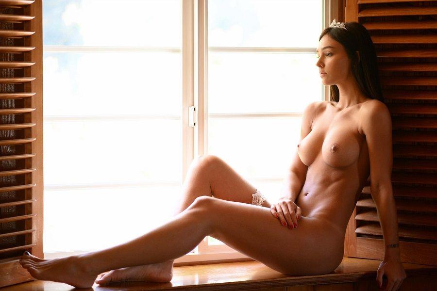 Rachel Cook - Nirvana Magazine