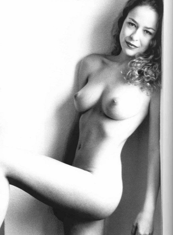 Silvia Abascal - Luz Natural