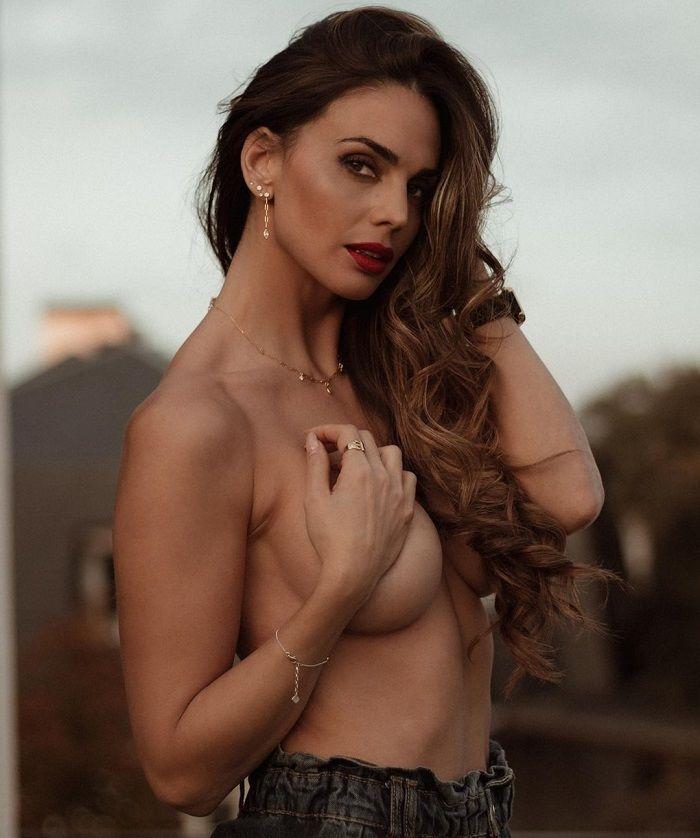 Cynthia Martinez - Instagram