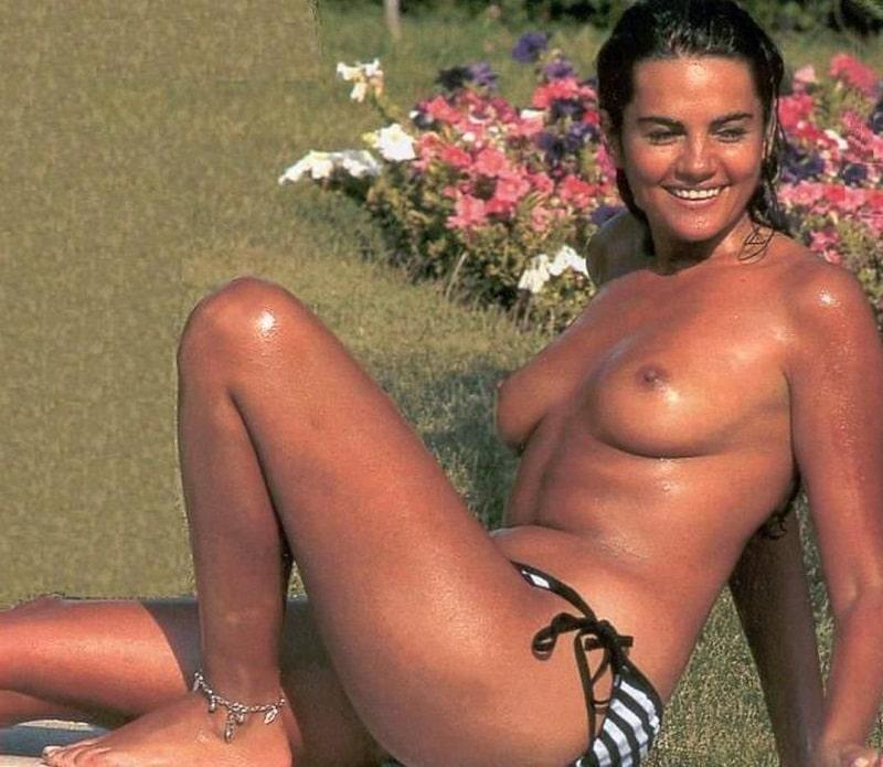 Sylvia Pantoja topless
